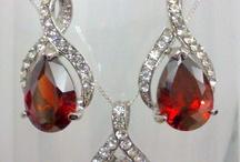 Wedding Jewelery / by Jodie Spizzirri