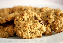 Desserts: Recipes to Try / by Crystal Saltrelli CHC