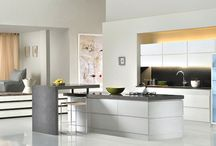 Ultra Contemporary Kitchens / Top Modern / Contemporary Kitchens