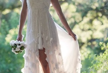 White Dresses / by Alison, The Knotty Bride