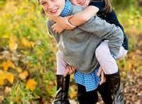 Family Photography Ideas / Make that family photo count with some great poses to capture for lifetime memories.