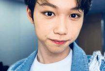 ❤Felix / Member of K-pop Group Stray Kids☆ Lee Felix♡15 September 2000