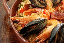 Spanish foodporn / Because what's more delicious than some good old paella?