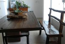mesa rustica de madeira
