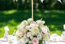 Arranjo de flores com guarda chuvas !