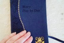 Marian Devotion / We offer these resources to help enrich our readers' reflection on and prayer with Our Lady.