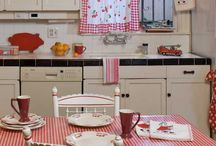 kitchens / by Brigida Eberle