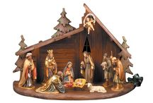 CHRISTMAS / HANDCARVED WOODEN CRÈCHE SET