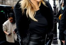 Fashion: Black on black / Fashion
