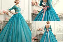 Dress of quenn