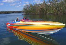 Boats / Cigarette boat