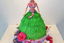 Hawaiin Girl Cake Designs / This shape cake is made by using our Dolly Varden cake tin.