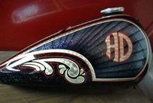 Harley maalausteemoja