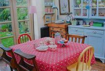 Vintage Kitchen / Vintage and retro style kitchens