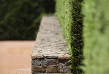 Stone wall features