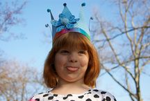 paper crowns / crowns for princes and princesses crafted out of paper, of course.