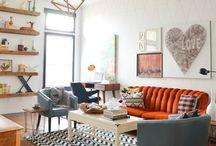 Orange Sofa: ДОМ