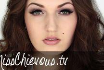 Make up - Maquiagem / by Juliana Garibaldi