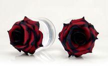 Rose Gauge Earrings / Rose gauge earrings. Unique handcrafted roses on assorted gauge sizes.