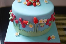Cakes / by Lisa Boehmer