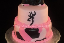 Cakes / by Hollie Hargett