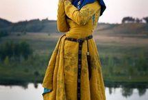 goticky kostym