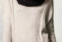 Sweater / Long Cream Sweater