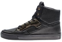 Bolf Shoes