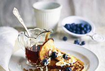 Bes brunch / Blauwe bessen zijn een gezonde aanvulling op uw ontbijt of lunch.  Start uw dag fris en fruitig of geef uw middagmaal een boost. Blauwe bessen zijn lekker in de yoghurt, op brood, in de smoothie, of gewoon lekker los. Inspiratie genoeg op dit bord.