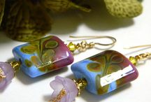 Glass and Lampwork on ArtFire / From jewelry supply beads to works of art by various ArtFire merchants.