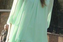 Gyönyörűséges ruhák