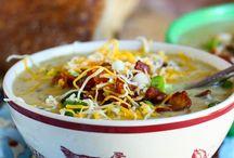 Soups & Stews / by Cierra Popove
