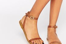 Sandal and no heels