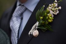 Wedding Boutonniere Ideas / We give you Boutonniere Ideas for your perfect wedding! For more information and inspiration, go to www.pink-book.co.za #littlepinkbook #weddings #boutonniere