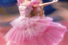 Barbie dans kleding