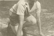 Track and Field (friidrott) women / Lista över olympiska guldmedaljörer i friidrott damer under tiden 1928-2012