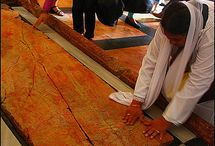 kötábla  amire Jézust testét hejezték