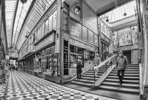 Street Photography by Pelseb / Mon univers, mes photos de rue. Bonne visite. #photography #street #black & white