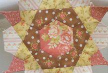 Antique Rose Star Quilt Block / quilting