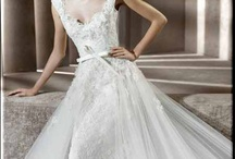 Wedding Dresses / by Ruthie A