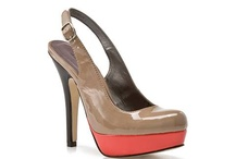 Shoes / by Alexandra Gonzalez