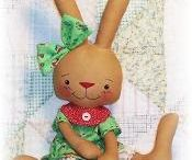 Doll and Toy Sewing Patterns / Doll and toy sewing patterns and tutorials for diy soft dolls, softies, felt food, play clothes, dress up outfits, toys, and doll clothing patterns. If you would like to contribute to this group sewing pattern and project board, please comment on one of the pins and I will add you to the board. Please share only relevant sewing patterns and tutorials.  2-3 pins per day limit per contributor.
