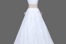 Wedding Dresses / by Courtney Sanders