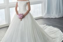 wedding dresses / even though I'm not even engaged yet, I still like to collect some ideas for when it comes :) I'm looking for something off-shoulder with slightly puffy skirt
