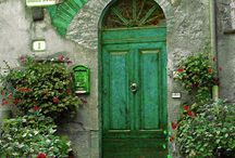 I love doors / by Karen Lasen