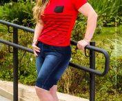 Moda Feminina / Roupas para mulheres. Blusinhas. Bermudas. Jaquetas. Peças confeccionadas pela Paduska.