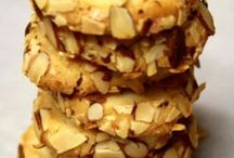 Cookies / by Dawn Teyhen