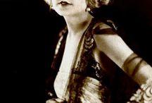 Folies Bergère and Ziegfeld Girls / 0