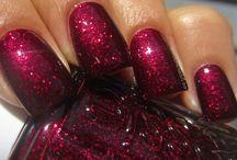 Nail polish / by Lola