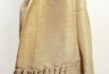 Crinoline Petticoat (1837-1856) / How horse hair fabric was used to stiften petticoats. After 1856 women did not stop wearing them.